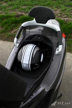 Piaggio XEvo 400 Sitz