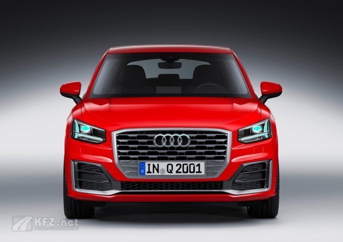 Der Audi Q2 in Tango Red