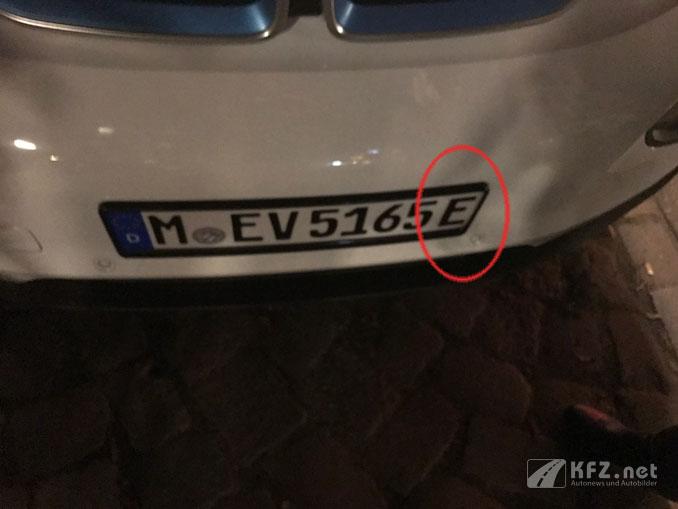 E-Kennzeichen bei einem Elektrofahrzeug