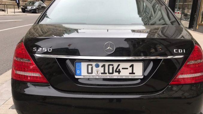 Mercedes Diplomatenkennzeichen
