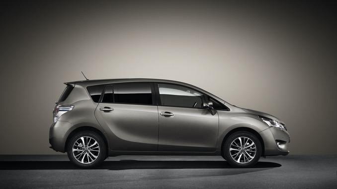 Foto: Toyota Verso Seitenansicht