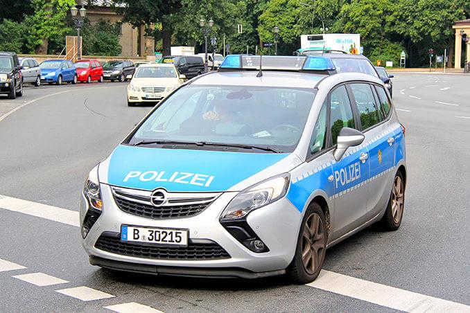Opel Zafira Polizeiauto