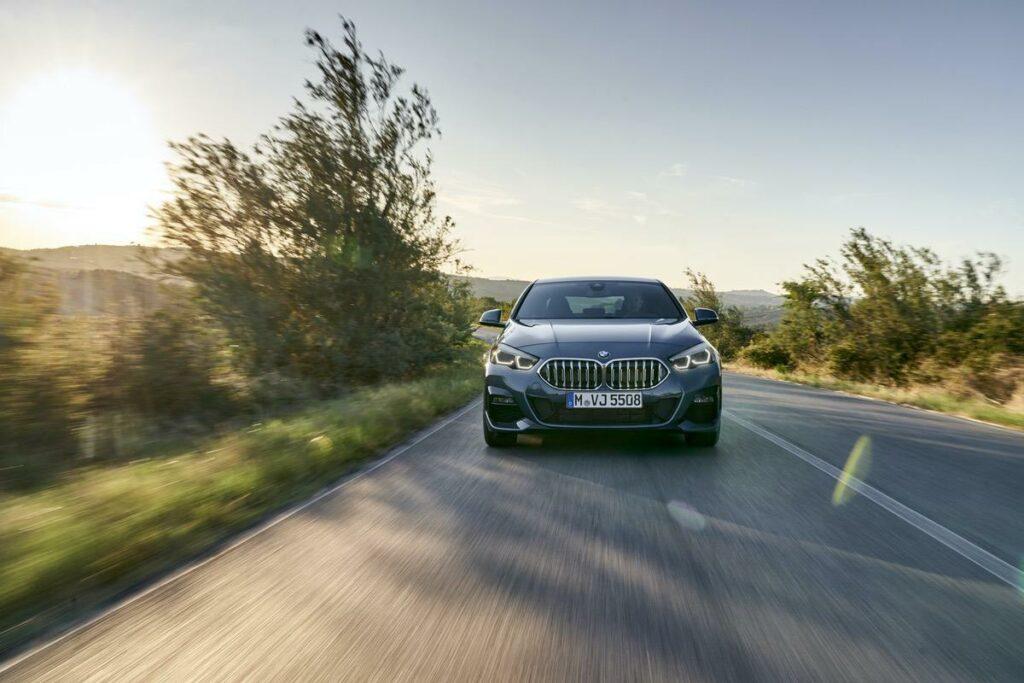 BMW 2er Straßenfahrt