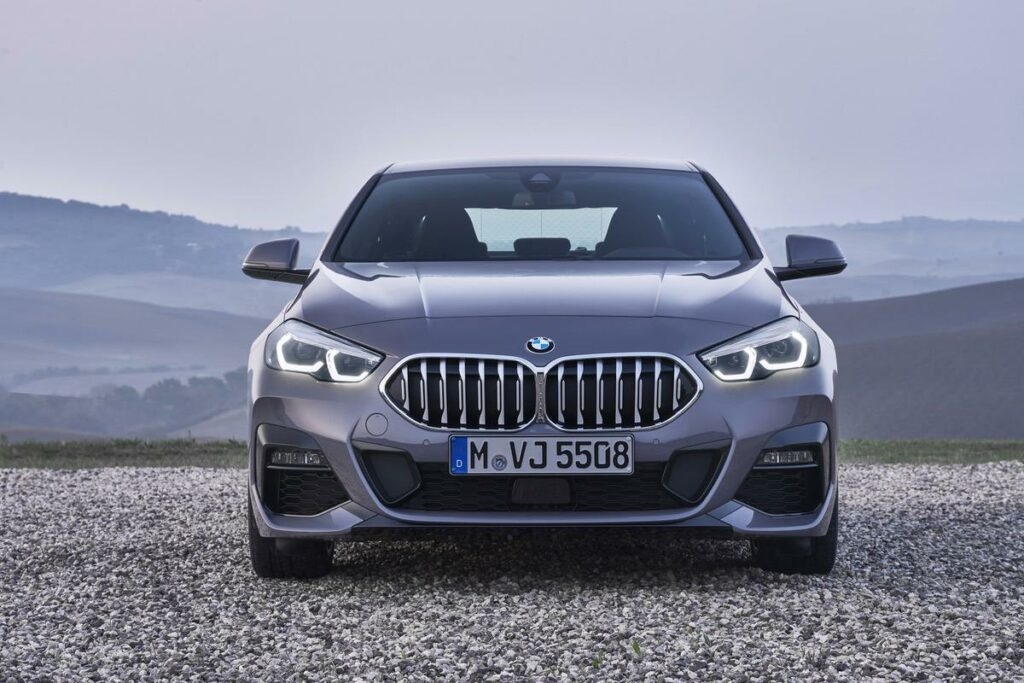 BMW 2er Front Wallpaper