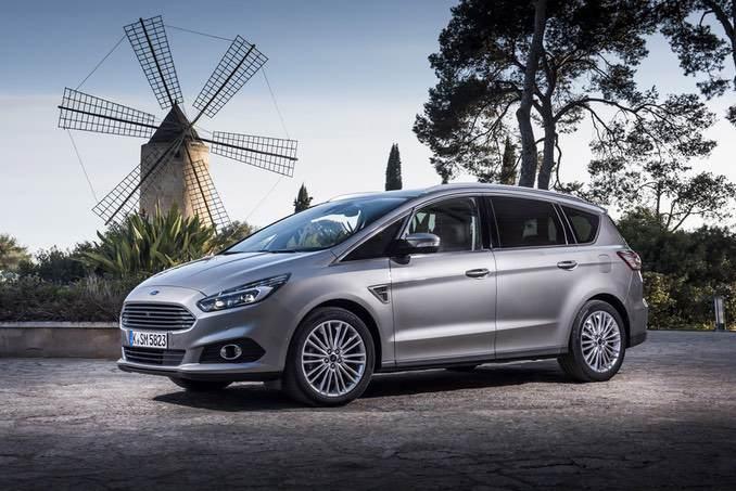Bild Ford S-Max im Profil