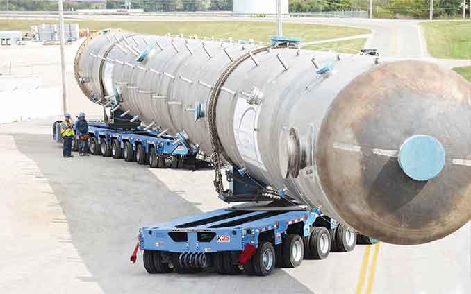 Schwertransporter zur unterstützung der Zugmaschine Zugmaschine