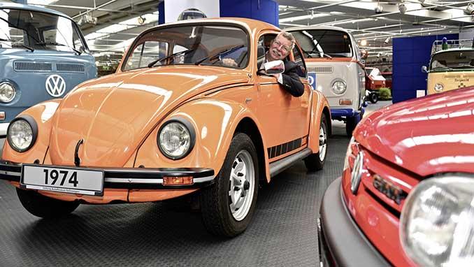 VW Käfer Jeans in der Farbe Nepalorange