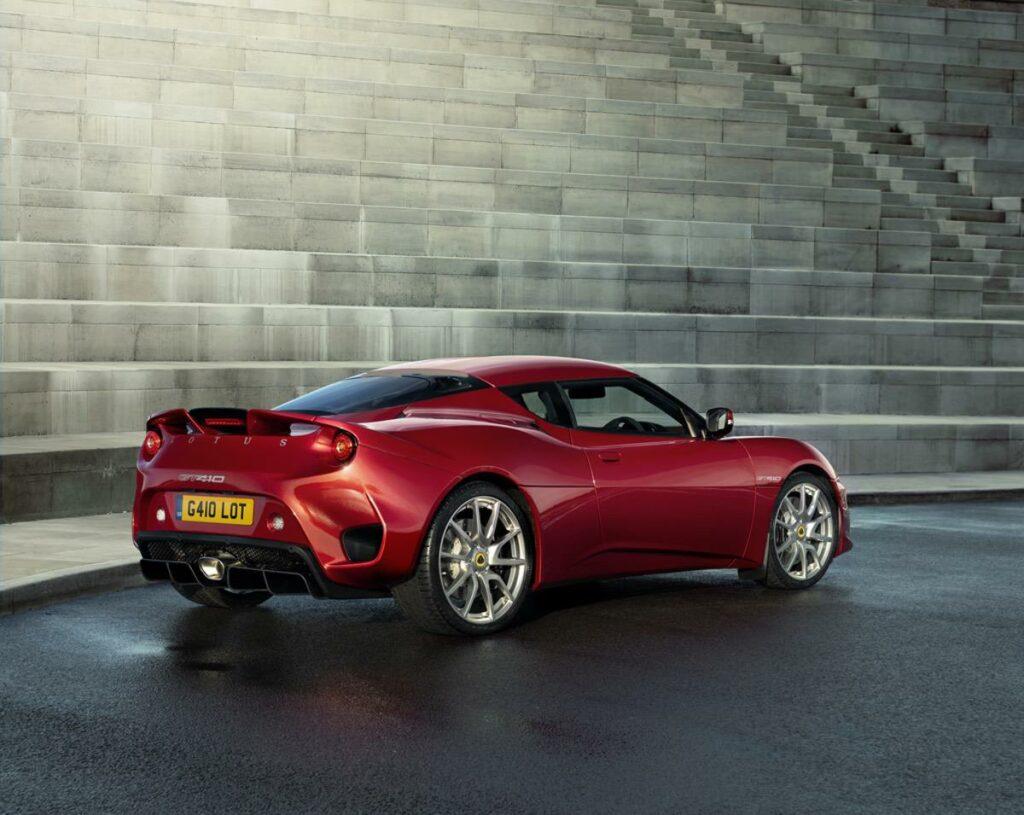 Lotus Evora GT410 red