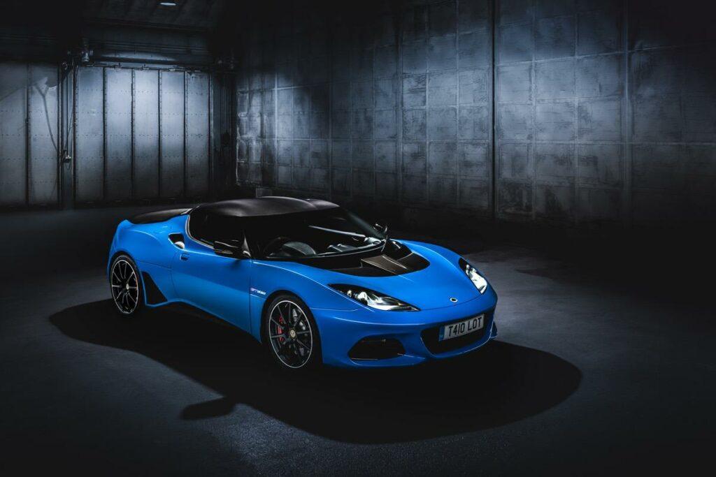 LOTUS Evora GT410 in blau
